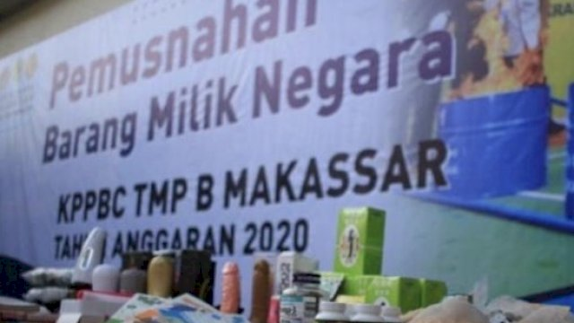 Bea Cukai Makassar Sita Ratusan Sex Toys