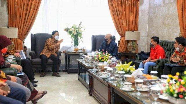 Pemkot Makassar Ajak Telkomsel Sediakan Internet Murah Bagi Siswa Kurang Mampu
