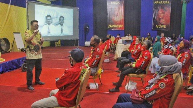 Bakal calon Wali Kota Makassar, Irman Yasin Limpo temui Ratusan Ketua RT, di Rumah Perjuangan, Jalan Mapala, Senin (15/9/2020) malam.