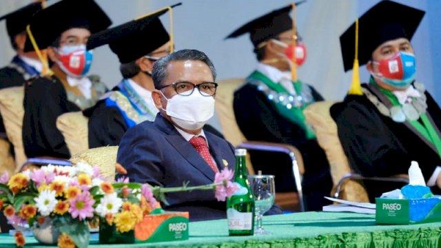 Gubernur Sulawesi Selatan Nurdin Abdullah menghadiri Dies Nataslis Unhas ke-64 tahun di Kampus Unhas, Kamis (10/9/2020).