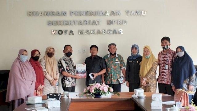 DPRD Jeneponto melakukan kunjungan di Kantor DPRD Makassar, Jumat (6/11/2020).