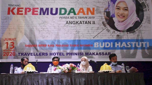 Anggota DPRD Makassar, Budi Hastuti sosialisasi Perda Kepemudaan, di Hotel Traveler Phinisi, Jumat (13/11/2020).
