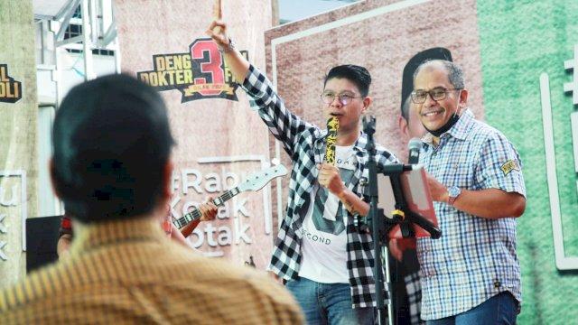 Andika Kangen Band bersama Ilham Arief Sirajuddin (IAS).