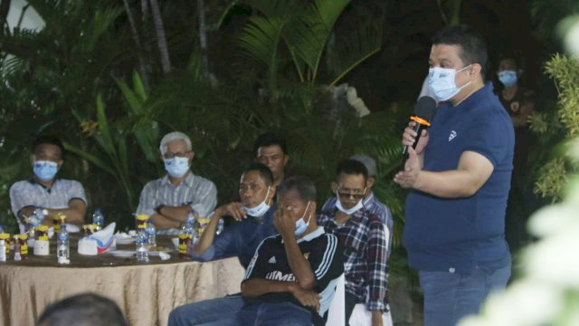 Ketua Tim Pemenangan Appi-Rahman, Erwin Aksa kumpul bareng bersama tokoh sepak bola dan mantan pemain PSM.