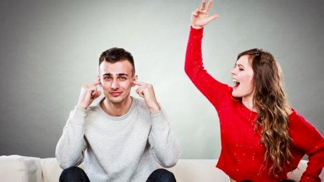 Ilustrasi pasangan yang sedang bertengkar. (int)