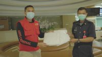 Bantu Tenaga Medis, Anir Peduli Bagi APD di Rumah Sakit PCC Makassar