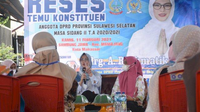 Anggota DPRD Sulsel, Andi Rachmatika Dewi melakukan reses ke 5 masa sidang ke II tahun 2020/2021, di Kelurahan Sambung Jawa Makassar, Kamis (11/2/2021).
