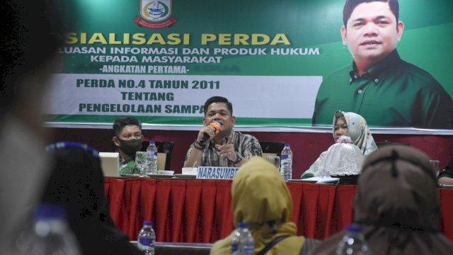 Anggota DPRD Makassar, Fasruddin Rusli sosialisasikan Perda Pengelolaan Sampah, di Aerotel Smile, Jl Muchtar Lutfi, Minggu (14/2/2021).