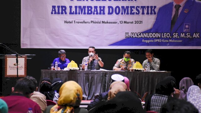 Anggota DPRD Makassar, Hasanuddin Leo sosialisasikan Perda Pengelolaan Air Limbah Domestik, di Hotel Travelers, Sabtu (13/3/2021).
