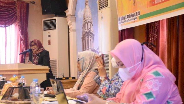 Anggota DPRD Makassar, Apiaty Amin Syam sosialisasikan Perda Pemberian Air Susu Ibu (ASI) Eksklusif di Hotel Grand Town, Jalan Pengayoman, Kamis (25/3/2021).