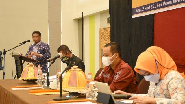 Anggota DPRD Makassar, Nasir Rurung sosialisasikan Perda Perlindungan dan Pengelolaan Lingkungan Hidup, di Hotel Maxone, Kamis (25/3/2021)