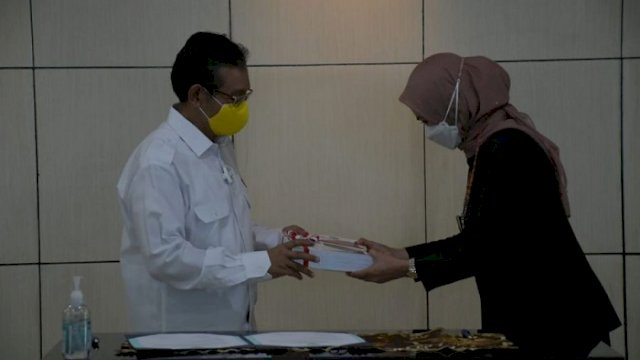 Penyerahan LKPD 2020 oleh Bupati Luwu Utara kepada BPK Perwakilan Provinsi Sulsel, Senin (22/3/2021).
