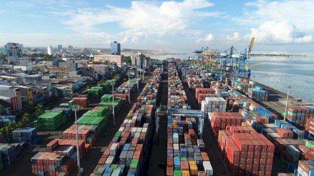 Pelindo IV Catat Pertumbuhan Trafik Arus Kapal meski Pandemi