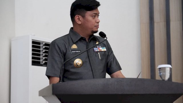 Bupati Gowa, Adnan Purichta Ichsan saat menyampaikan Laporan Keterangan Pertanggungjawaban Pemerintah Kabupaten Gowa, Tahun Anggaran 2020 di Ruang Rapat Paripurna DPRD Gowa, Senin (29/3/2021).