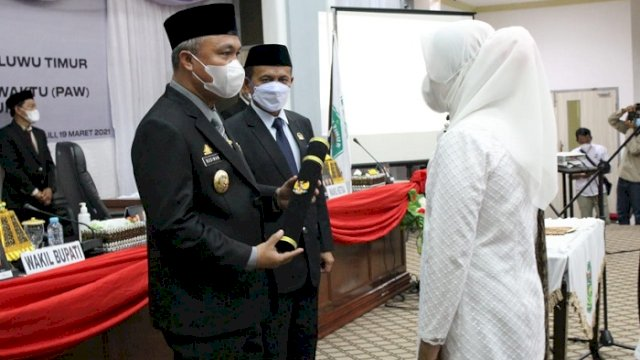 Ramna Minggus Resmi Jadi Anggota DPRD Lutim, Budiman: Selamat Bertugas