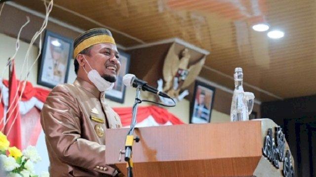Pelaksana Tugas (Plt) Gubernur Sulawesi Selatan (Sulsel) Andi Sudirman Sulaiman menghadiri HUT Kota Parepare ke-61, Sabtu (13/3/2021).