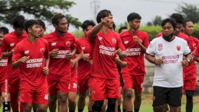 Menghadapi bergulirnya Liga 1, para pemain PSM Makassar di Bosowa Sport Center beberapa waktu lalu. (int)