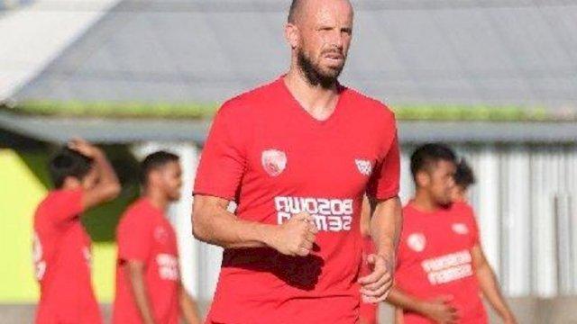 Anco Jansen bergabung dengan PSM Makassar. (int)