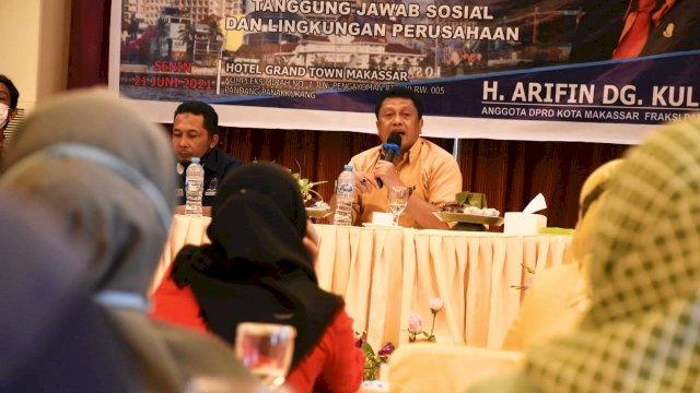 Anggota DPRD Makassar, Arifin Dg Kulle sosialisasikan Perda Tanggung Jawab Sosial dan Lingkungan Perusahaan, di Hotel Grand Town, Senin (21/6/2021).