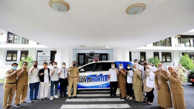 "Walikota Makassar Moh Ramdhan ""Danny"" Pomanto dan tim Satgas Covid Hunter."