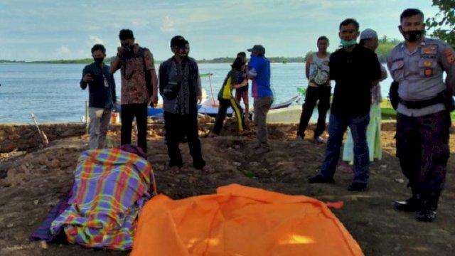 Sesosok mayat tanpa identitas ditemukan mengapung dan membuat geger warga setempat. (int)