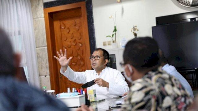 """Walikota Makassar Moh. Ramdhan """" Danny"""" Pomanto."""