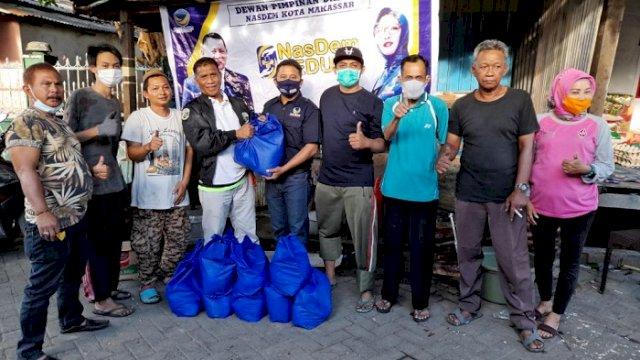 NasDem Peduli Bantu Korban Kebakaran di Langgau Makassar