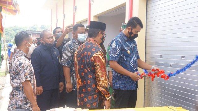 Diresmikan Bupati Sinjai, Kios Pasar Batang Dianggarkan Rp306 Juta
