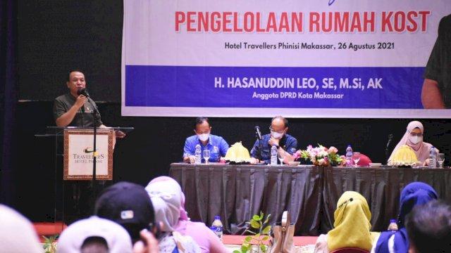 Anggota DPRD Makassar, Hasanuddin Leo sosialisasikan Perda Pengelolaan Rumah Kost, di Hotel Travelers, Kamis (26/8/2021).
