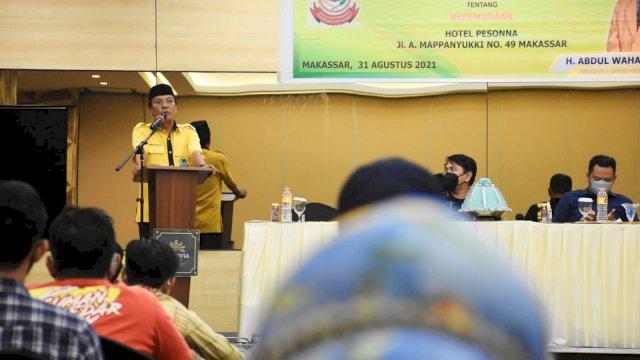 Ketua Komisi D DPRD Makassar, Abd Wahab Tahir sosialisasikan Perda Kepemudaan, di Hotel Pessona, Selasa (31/8/2021).