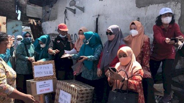 PKK Sulsel Kunjungi Korban Kebakaran di Jongaya dan Beri Bantuan
