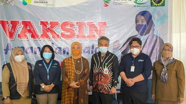 Aliyah Gelar Vaksinasi Massal di RS Mata Makassar, Kerjasama Kemenkes dan Dinkes