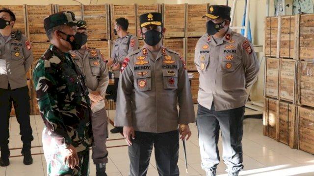 TNI-Polri Siap Distribusikan 25 Ribu Paket Sembako ke Masyarakat Terdampak Pandemi