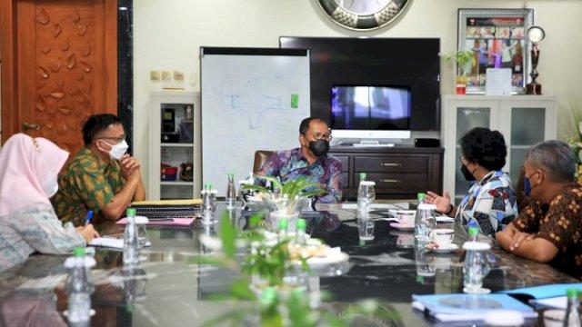 Danny dan Perwakilan USAID IUWASH PLUS Bahas Pengelolaan Air Limbah Domestik
