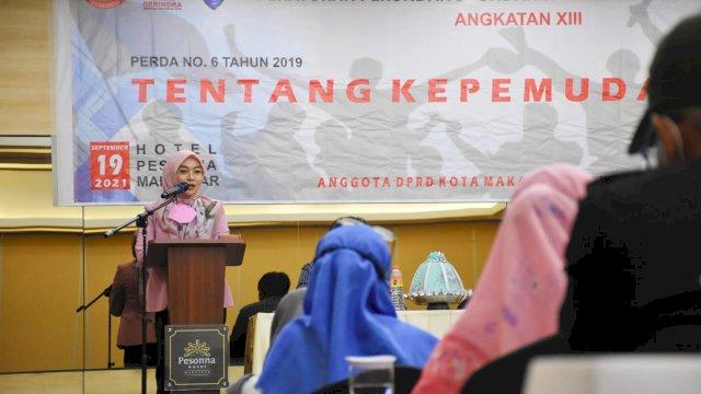 Anggota DPRD Makassar, Budi Hastuti sosilaisasikan Perda Kepemudaan, di Hotel Pessona, Jl Mappanyukki, Minggu (19/9/2021).