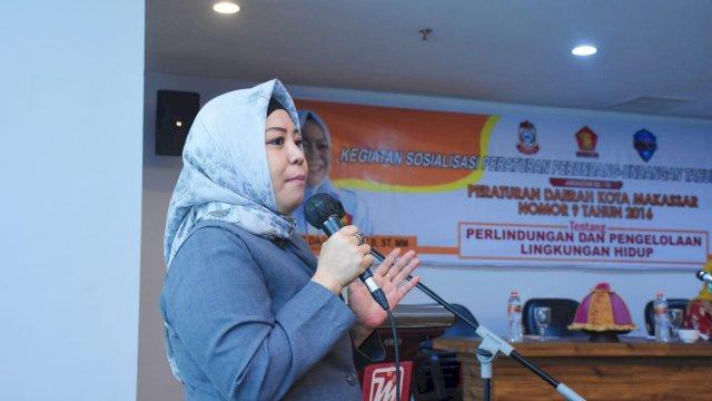 Anggota DPRD Makassar, Nunung Dasniar sosialisasikan Perda Perlindungan dan Pengelolaan Lingkungan Hidup, di Hotel D'Maleo, Senin (27/9/2021).