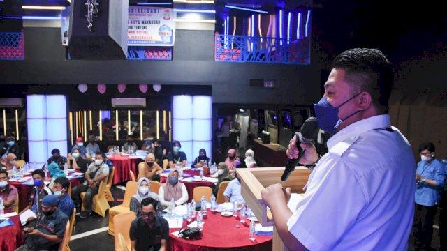 Ketua Fraksi NasDem Makassar, Ari Ashari Ilham sosialisasikan Perda Tanggung Jawab Sosial dan Lingkungan Perusahaan (TSLP), di Hotel Almadera, Kamis (30/9/2021).