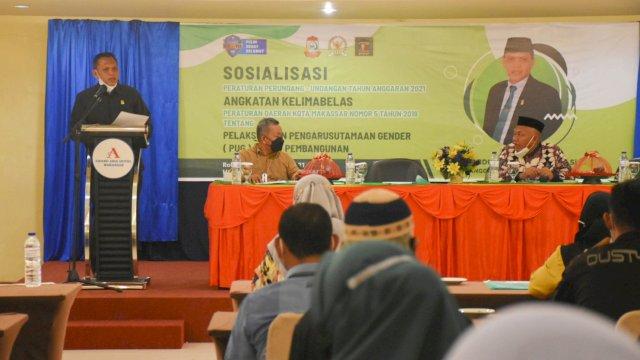 Anggota DPRD Makassar, Aziz Namu sosialisasikan Perda Pengarusutamaan Gender, di Hotel Grand Asia, Rabu (29/9/2021).
