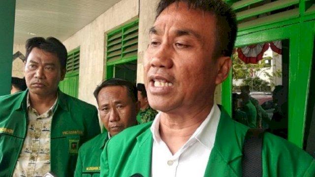 Ketua DPC PPP Kota Makassar Busranuddin Baso Tika.