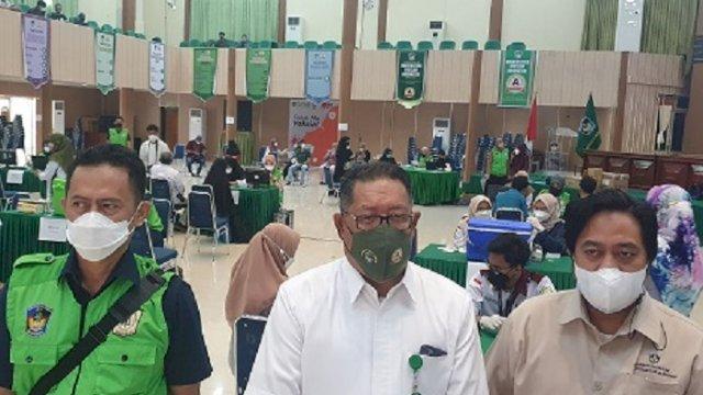 UMI Makassar Gelar Vaksinasi Massal Selama 2 Hari