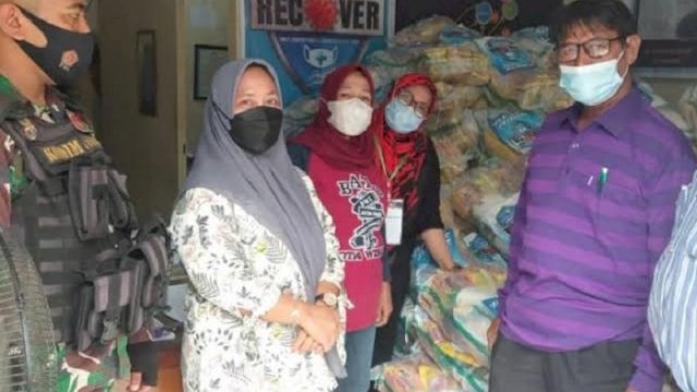 Dinsos Makassar Sudah Salurkan Paket Bansos ke 153 Kelurahan