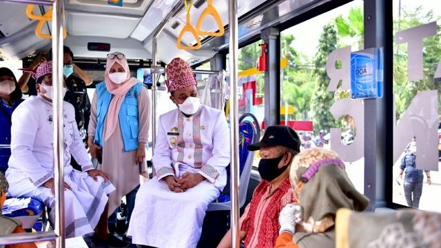 Layanan Vaksinasi Mobile Vaccinator di Tana Toraja Disambut Antusias Warga