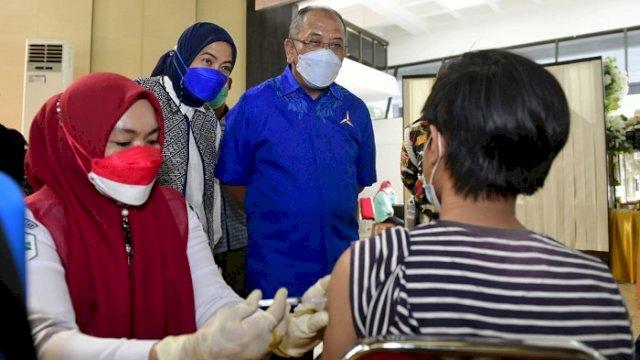 Siapkan 1000 Vaksin, Aliyah Mustika Ilham dan LMP Sulsel Gelar Vaksinasi di Balai Prajurit