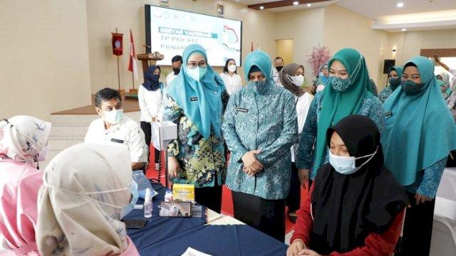 PKK Panakkukang Gelar Gebyar Vaksinasi bagi Ibu Hamil, Siapkan 300 Vaksin