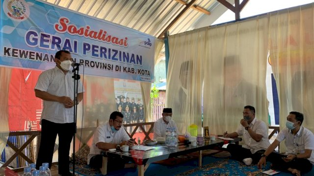 Dinas PMPTSP Sulsel Gelar Sosialisasi Gerai Perizinan Perikanan Kewenangan Provinsi di PPI Beba Takalar