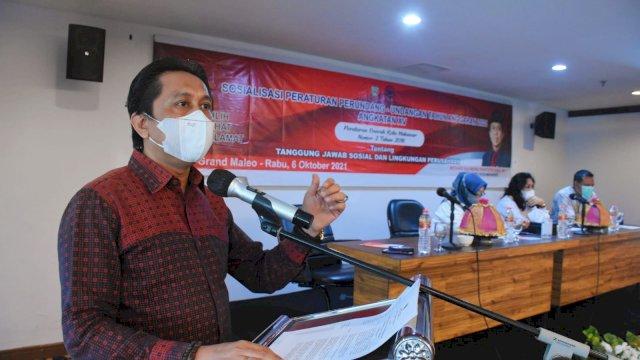 Anggota DPRD Makassar, Mesakh Raymond Rantepadang sosialisasikan Perda Tanggung Jawab Sosial dan Lingkungan Perusahaan (TSLP), di Hotel Grand Maleo, Rabu (6/10/2021).