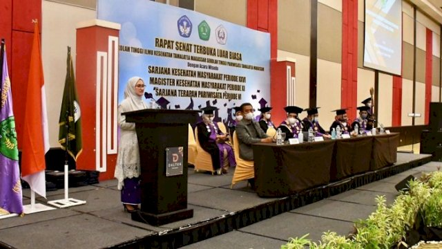 Bupati Indah Putri Indriani bawakan Orasi Ilmiah di STIK Tamalatea, Makassar, Kamis (7/10/2021).