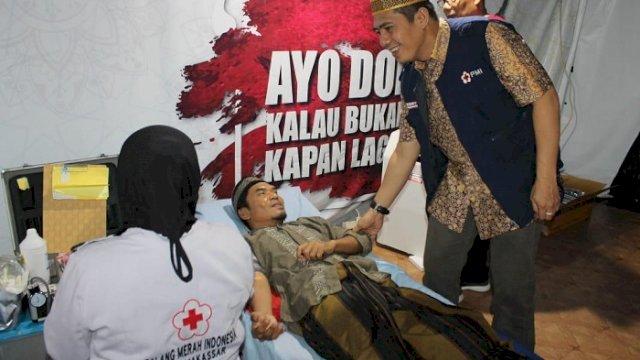 Ketua PMI Makassar DR Syamsu Rizal Mi.