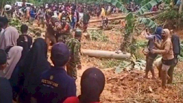 Empat bersaudara korban tanah longsor telah ditemukan. (int)