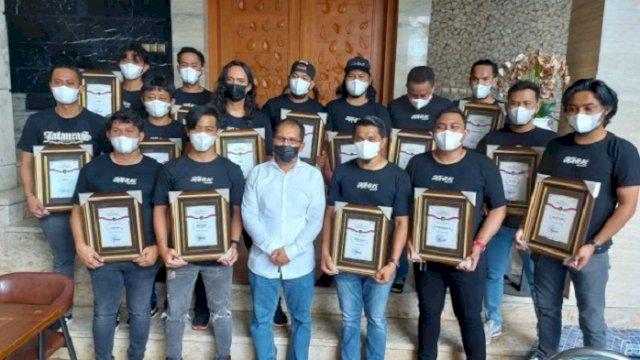Bongkar Kasus Pencurian di Balaikota, 15 Personel Jatanras Polrestabes Makassar Dapat Penghargaan